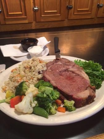 Dallas, OR: Prime rib