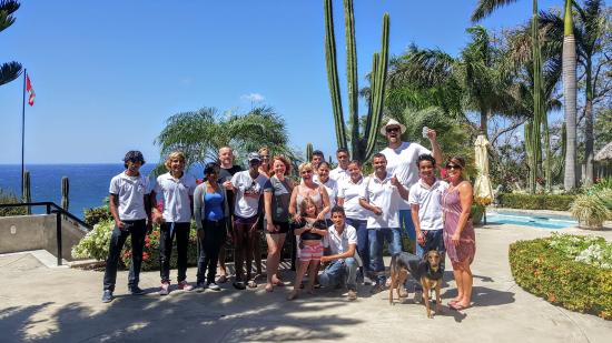 Playa Yankee, Nikaragua: Our group with the incredible staff!