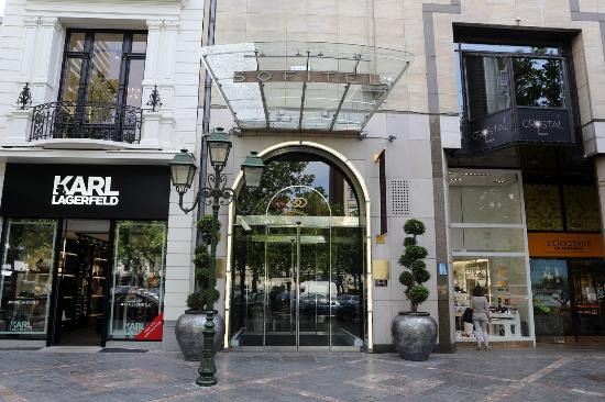 Sofitel Brussels Le Louise Hotel Entrance