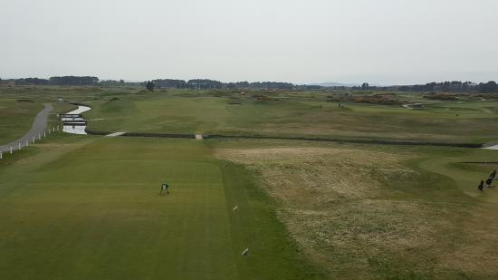Carnoustie Golf Course Hotel: 1st tee