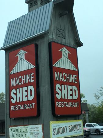 the machine shed restaurant