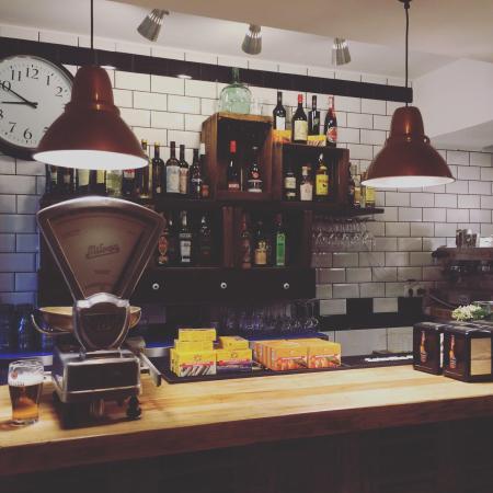 Restaurante vermuteria la gloria en palma de mallorca con - Cocinas palma de mallorca ...