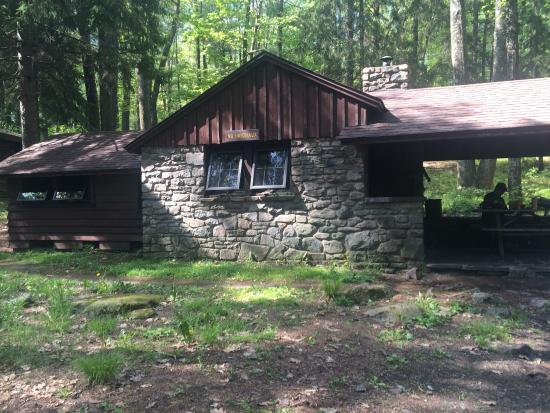 Bear Wallow Cabins Description Picture Of Promised Land