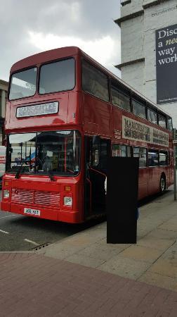 Manchester Sightseeing Bus Tours: 20160526_010325_large.jpg
