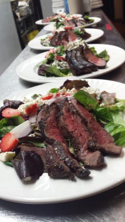 Prince George, Canadá: Steak Salad