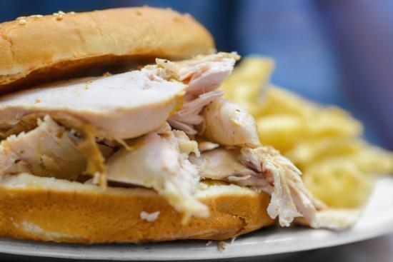 Cou-Yons Bar-B-Q: Smoked Turkey Sandwich