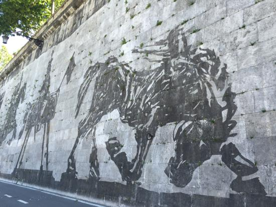 Piazza Tevere