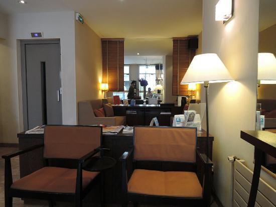 Hotel Charing Cross: DSCN7418_large.jpg