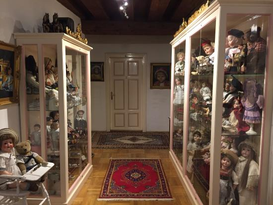 Alte Post: Doll museum at the reception