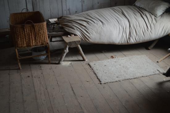 Harn Homestead: bedroom of Neal cabin