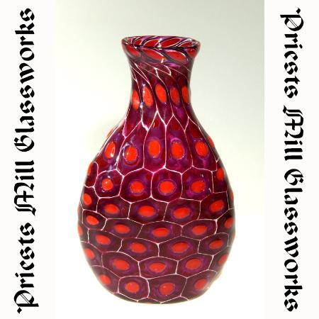 Alexandria, Canada: Red Vase