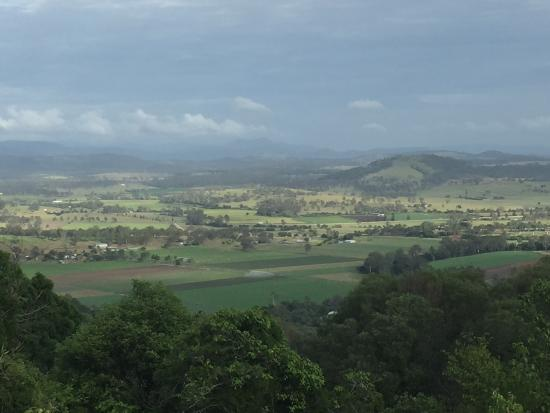 The Bunyip Scenic Rim Resort: View from the property of the valley below
