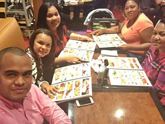 Clifton, Νιού Τζέρσεϊ: Noches De Colombia