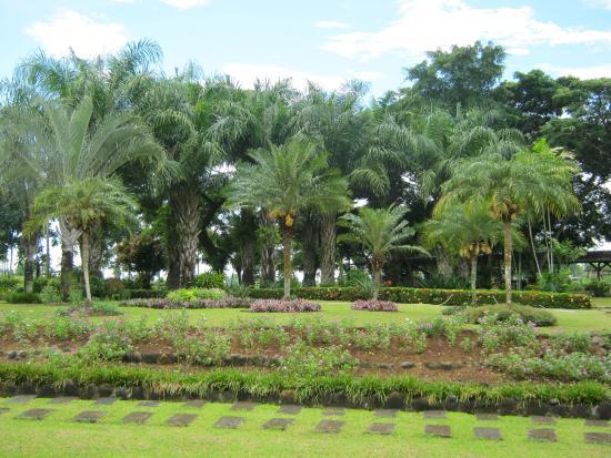 Sagay City, Philippinen: The Secret Garden...