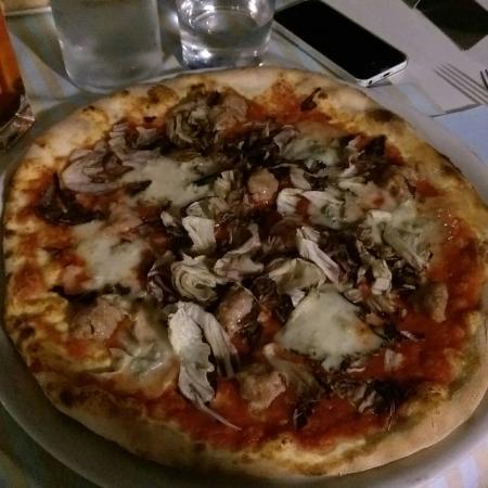 Ristorante Villa Olmo: Pizza flower power