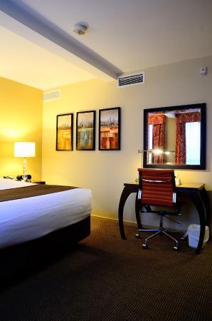 Comfort Inn Downtown: 301號房間內裝陳設