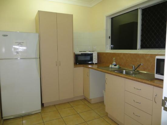 Charters Towers, Australia: fully equiped guest kitchen for your use.