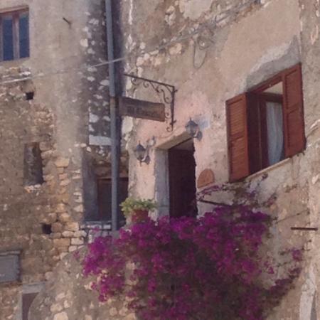 Castello Caetani: photo1.jpg