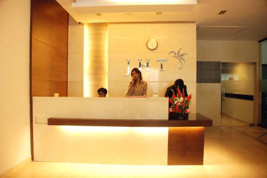 JHT Hotel: LOBBY AREA 1