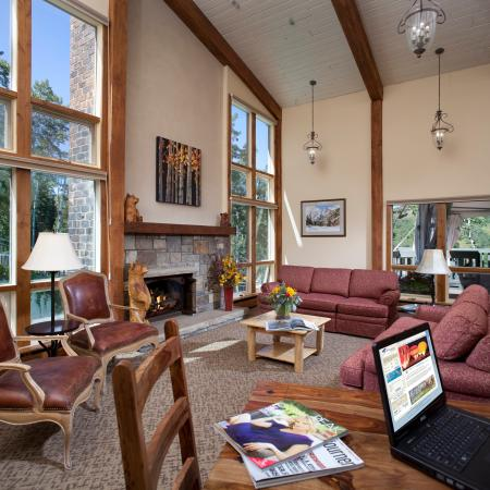 Snowmass Village, CO: Top of the Village_Guest Room_002