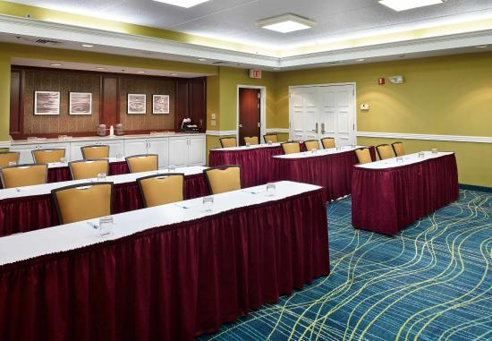 SpringHill Suites Pittsburgh Airport: Meeting Room