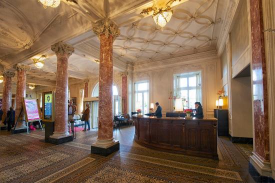 Hotel Schweizerhof Luzern: Lobby