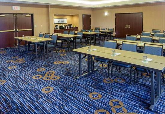 Raynham, MA: Meeting Room A - Classroom Setup