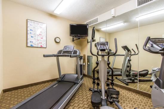 MainStay Suites Brentwood: Fitness center