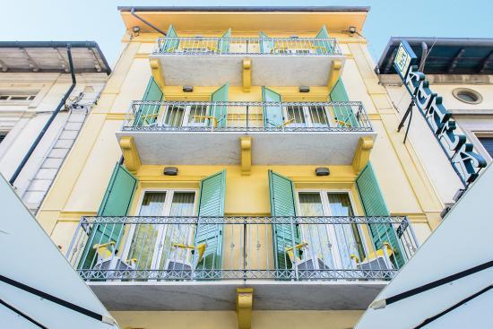 Hotel Villa Adriana: fronte 2