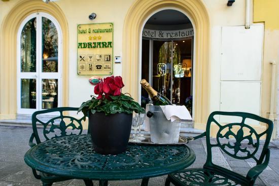 Hotel Villa Adriana : fronte 3