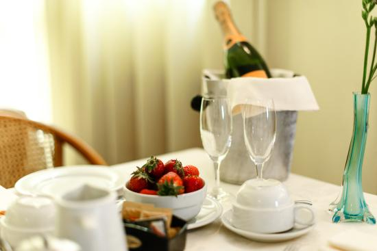 Hotel Villa Adriana: breakfast 2
