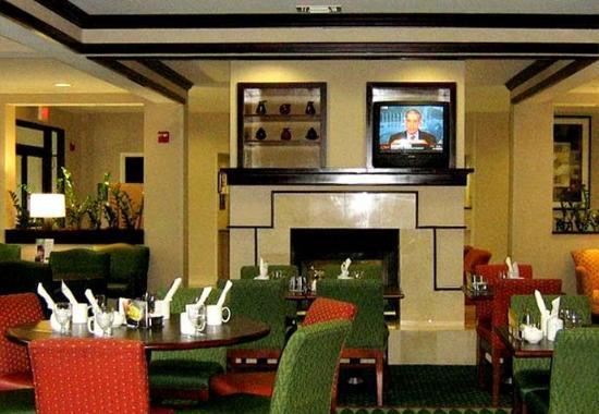 Suwanee, GA: Courtyard Café