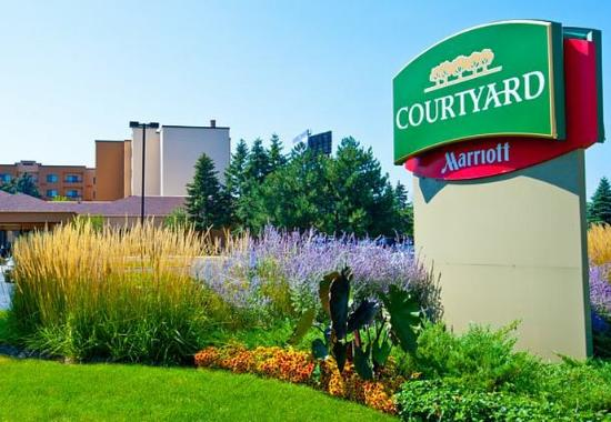 Photo of Courtyard By Marriott Chicago O'Hare Des Plaines