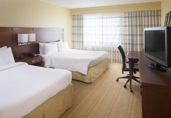 Photo of Courtyard By Marriott Fayetteville