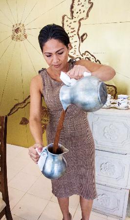 The Chocolate Chamber: Freshly made hot chocolate prepared the tradiitonal way!