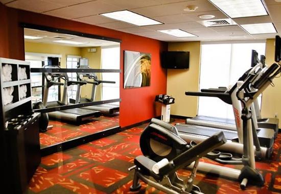 Salina, KS: Fitness Center
