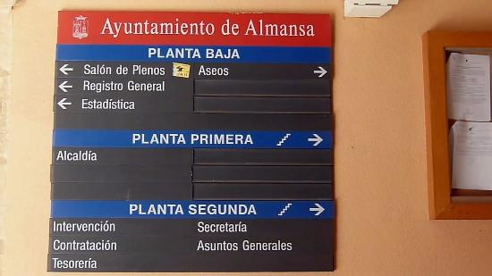 Almansa, Spain: Town Hall Sign
