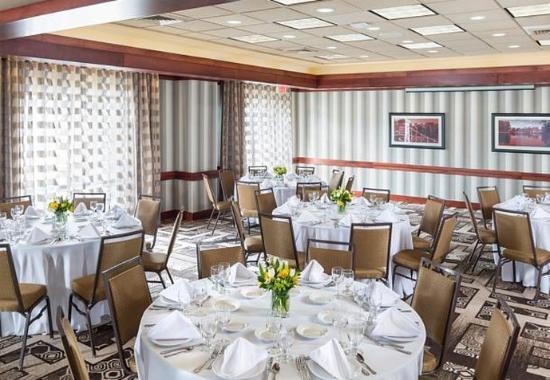 Натик, Массачусетс: Meeting Room - Social Setup