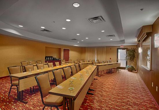 Wall Township, NJ: Allaire Meeting Room - Classroom Setup