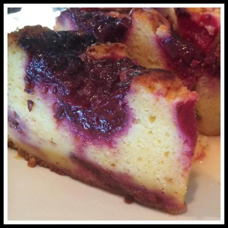 Te Horo, New Zealand: Plum Cake