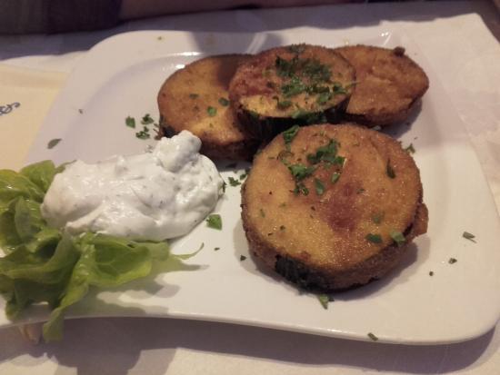 Griechisches Restaurant mit tollen Alpenausblick