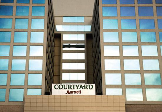 Photo of Courtyard By Marriott Chennai Chennai (Madras)