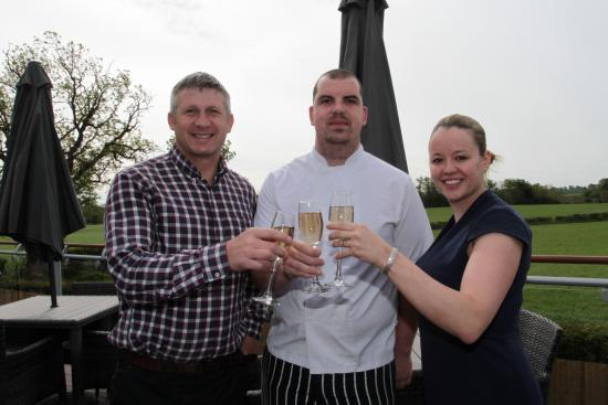 Llansantffraid-ym-Mechain, UK: The Owners Paul & Julie & Head Chef Ryan Leonard