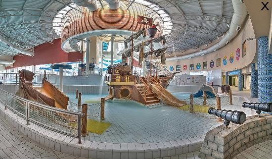 Blanchardstown, Ireland: Pirate Ship