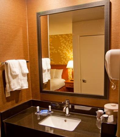 Salida, Californien: Guest Bathroom Vanity