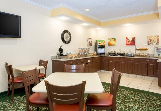 Kokomo, Ιντιάνα: Breakfast Buffet