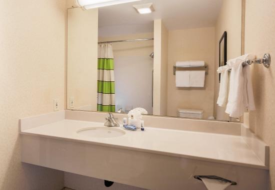 Sparks, NV: Suite Bathroom