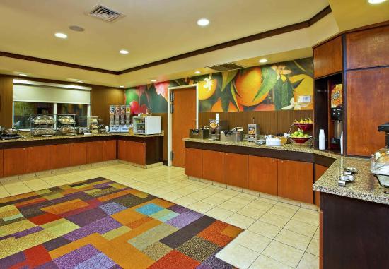 East Ridge, Τενεσί: Breakfast Bar