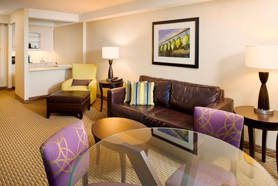 วินด์เซอร์, คอนเน็กติกัต: One Bedroom Suite