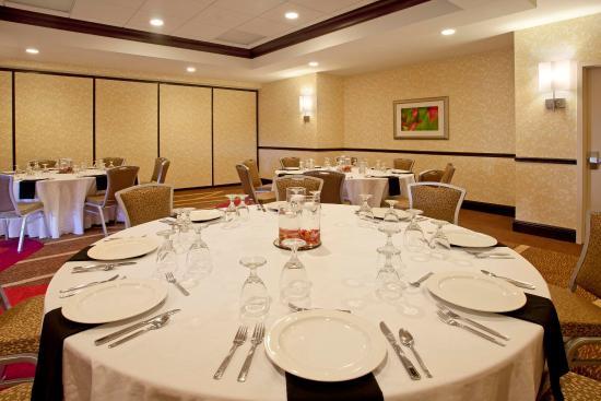 Smyrna, TN: Meeting Room Table
